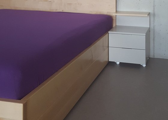 Vyroba postele z masivu