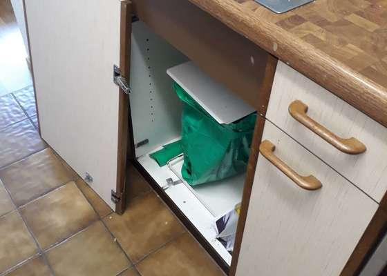 Renovace kuchyňských dvířek