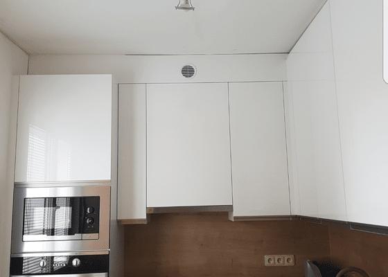 Napínaný strop v kuchyni