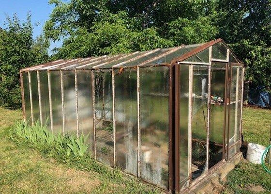 Oprava skleníku