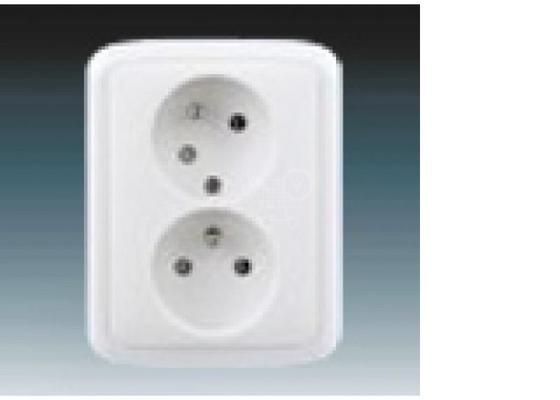 Doplňující elektroistalace, vyvedení světla a vypínače, byt po rekonstrukci