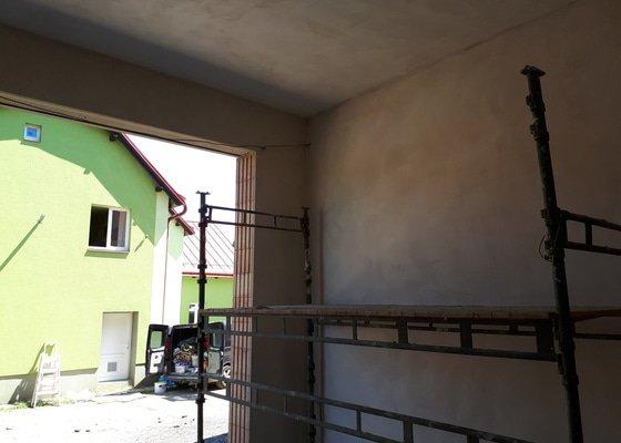Garaze pro technicke sluzby Velke Hamry