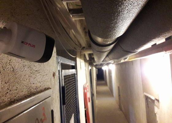 Kamerový systém se záznamem pro bytové domy