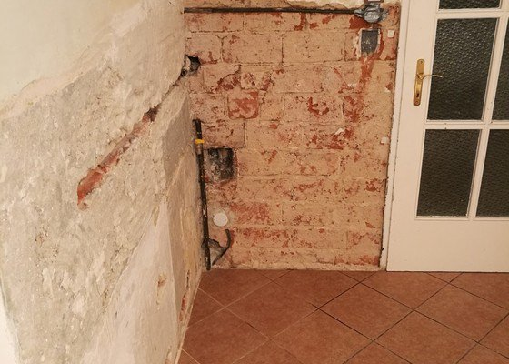 Zednik - nahozeni zdi