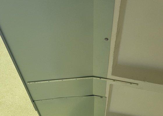 Oplechování lodžie (panelový dům, 2NP)