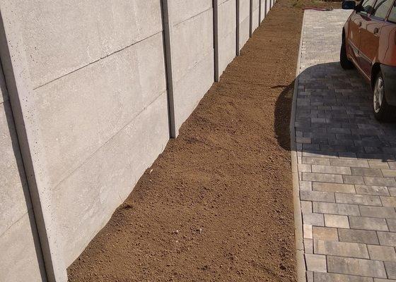 Terénní úpravy na zahradě