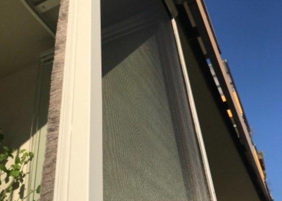 Síť na zasklený balkon