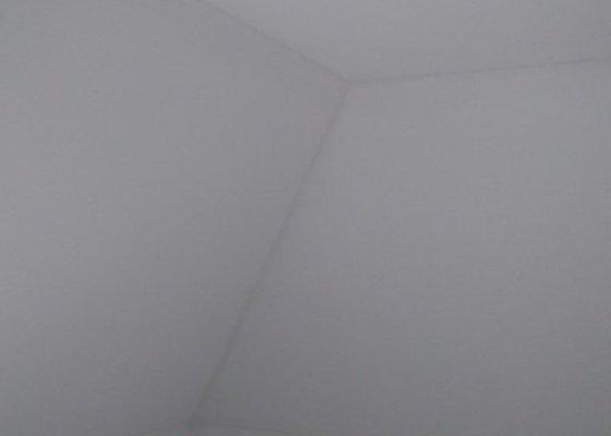 Dodávka  25m2 sádrokartonového podhledu ve stávajícím objektu.