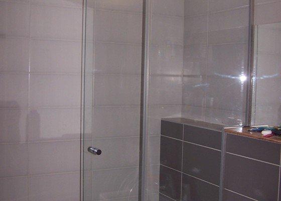 Skleněná zástěna do vany