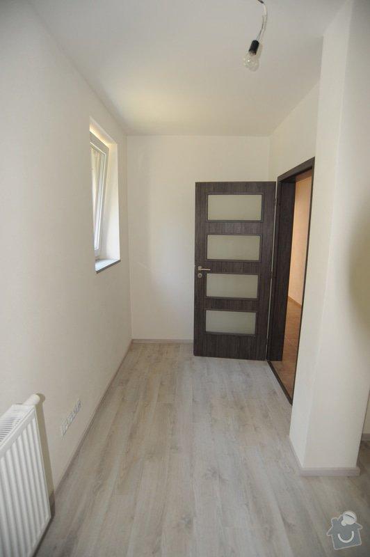 51de66892 prostor za dveřmi určen pro vestavěnou skříň. Foto 2/4 k poptávce  Truhlářství ...