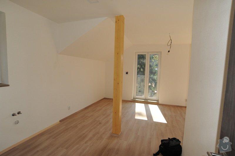 2960aae7d obývací pokoj- prostor od sloupu směrem k oknu je prostor kde by byla postel.  Foto 4/4 k poptávce Truhlářství ...