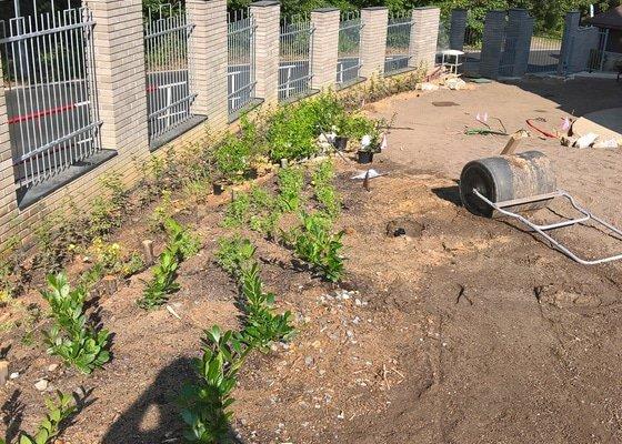 Realizace zahrady včetně AZS