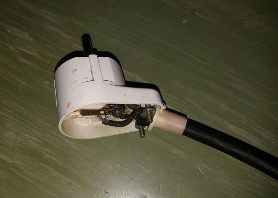 Drobné elektrikářské opravy