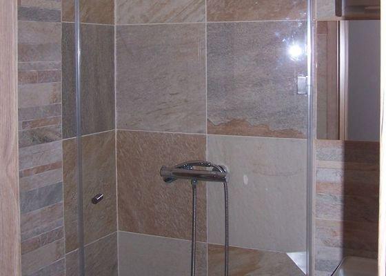 Koupelna - walk-in stena