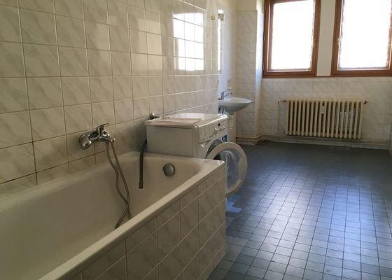 Instalace vyrvaného závěsu do sprchy