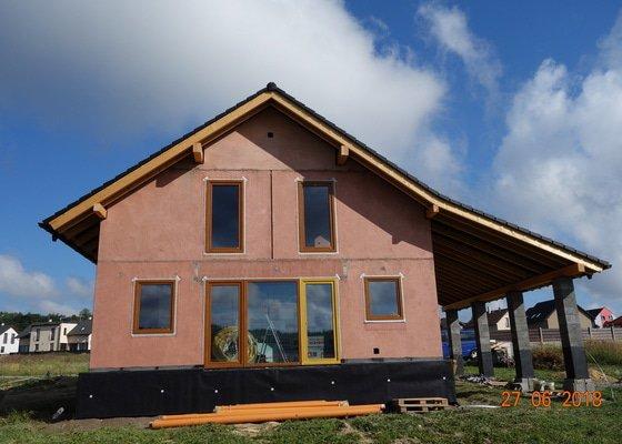 Zateplení fasády RD 155m2, nátěr, obložení - práce, nebo materiál + práce