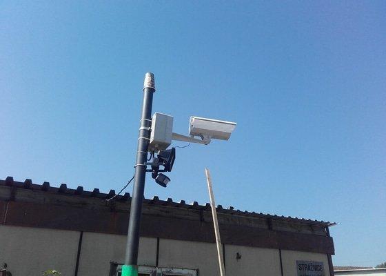 Instalace kamery na dohled na parkoviště aut