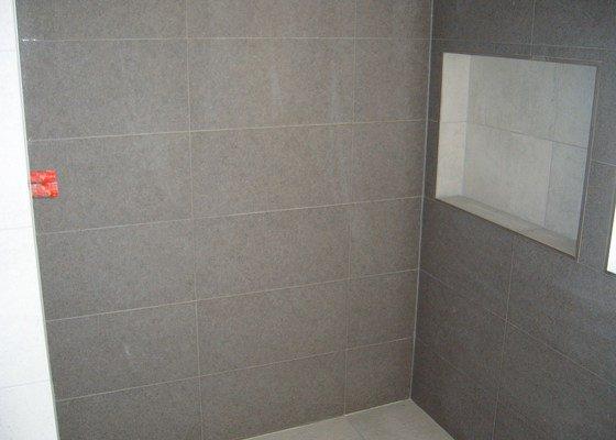 Obkladačké práce (koupelna a WC)