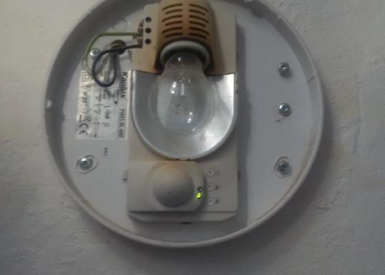 Zapojení 2 světel a instalce zásuvky