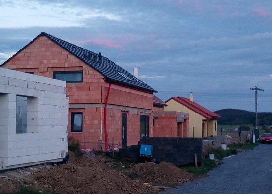 Stavba hrubé stavby RD
