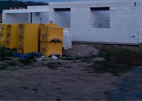 Stavba domu k věncům 2 patra