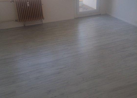 Vyrovnání podkladu a lepení vinylové podlahy