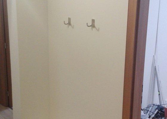 Vestavěná skříň + dveře