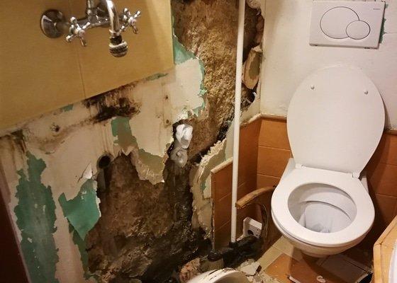 Rekonstrukce koupelni + stukovani vstupni mistnosti