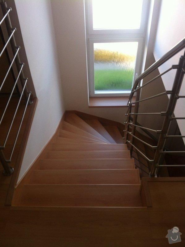 Renovace schodiště: 2012-09-17_08.32.43
