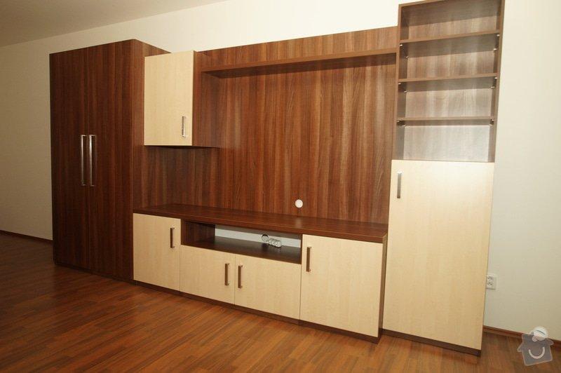 Vestavěná skříň, obyváková stěna, psací stůl s policí: KLENOVSKY_3