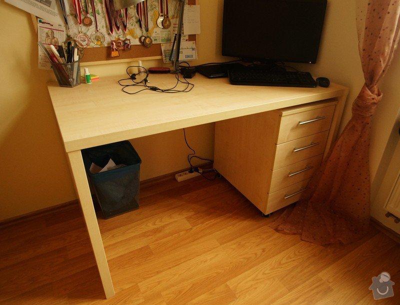 Nábytek do dvou studentských pokojů - vestavěné skříně, psací stoly, police: SKLENAROVA_6