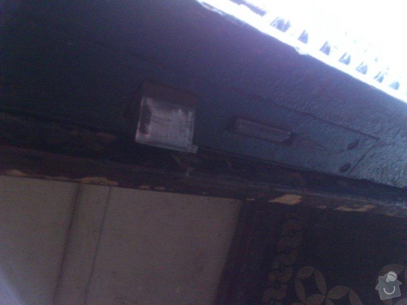 Montáž zvonkového tabla, zabudování elektrického zámku do dveří: DSC_0377