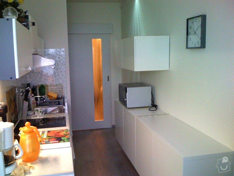 Rekonstrukce kuchyně a chodby bytu: celkovy_pohled_kuchyn