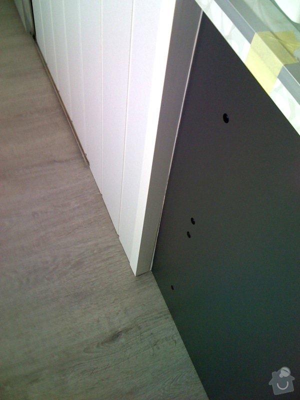 Rekonstrukce kuchyně a chodby bytu: oklad_steny_detail