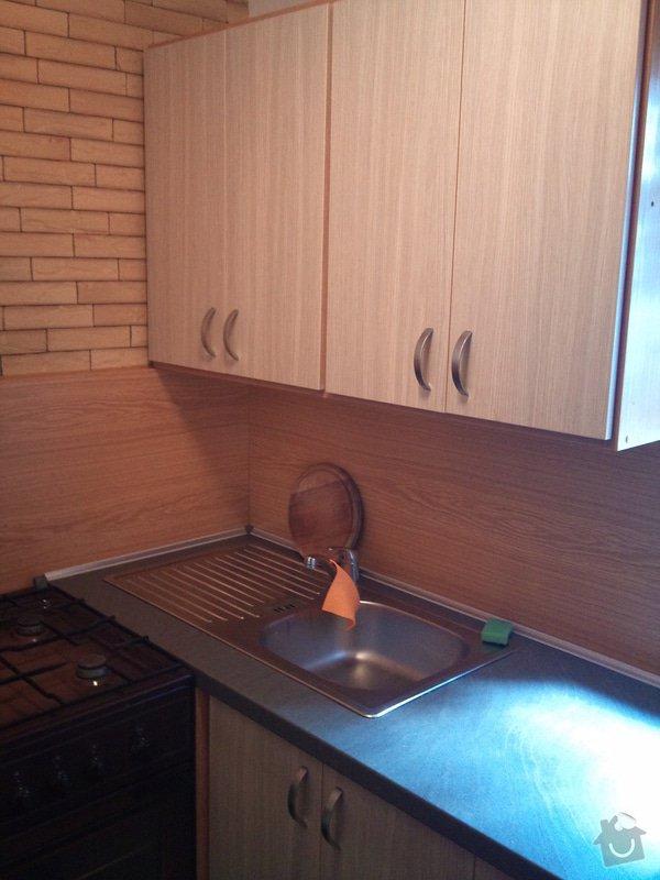 Kuchyňská linka: Chata_011