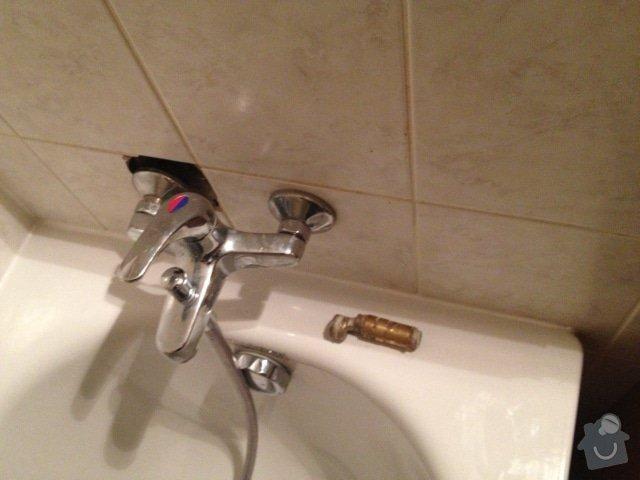 Oprava obkladu v koupelne po vysekani: obklad_Barrandov