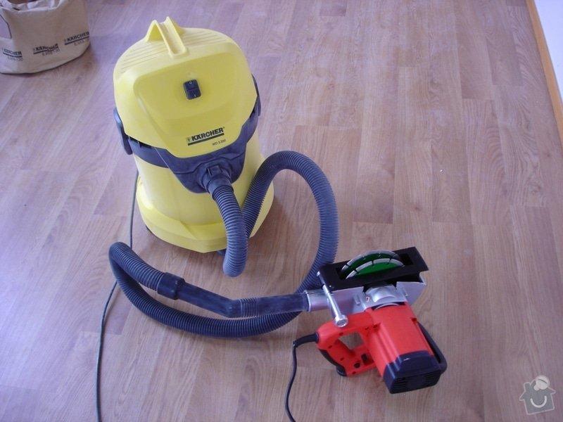 Úprava rozvodů zásuvek a vody - příprava instalace kuchyně: DSC03158