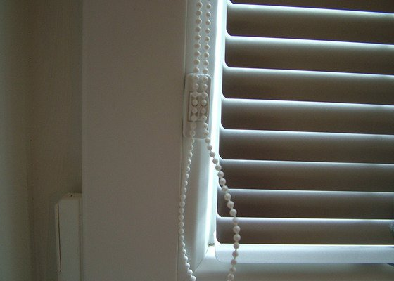 Vnitřní okenní žaluzie