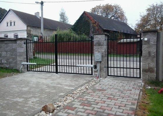 Dodání a montáž kované brány a branky