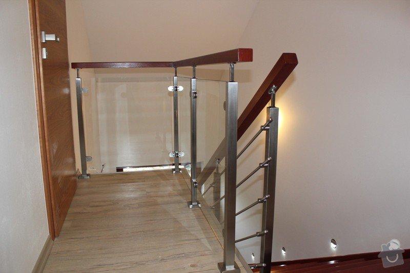 Interiérové zábradlí, kombinace nerez-sklo: IMG_2641