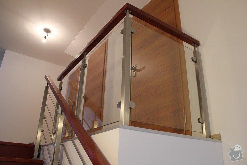 Interiérové zábradlí, kombinace nerez-sklo: IMG_2648