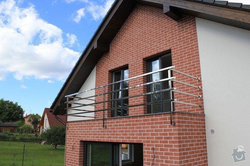Balkónové zábradlí z nerezi a interiérové zábradlí: IMG_0529