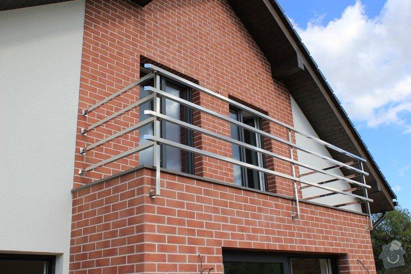 Balkónové zábradlí z nerezi a interiérové zábradlí: IMG_0531