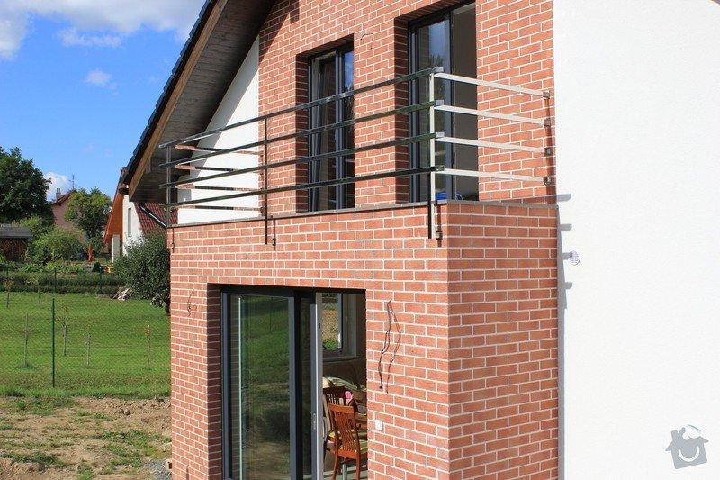 Balkónové zábradlí z nerezi a interiérové zábradlí: IMG_0534