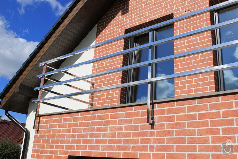 Balkónové zábradlí z nerezi a interiérové zábradlí: IMG_0536