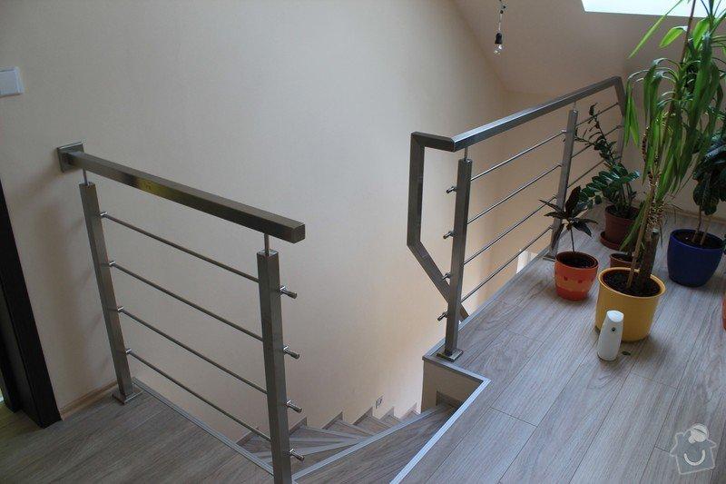 Balkónové zábradlí z nerezi a interiérové zábradlí: IMG_0541