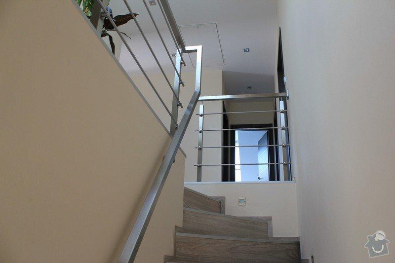 Balkónové zábradlí z nerezi a interiérové zábradlí: IMG_0540