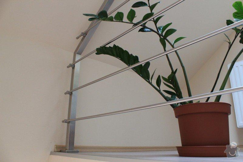Balkónové zábradlí z nerezi a interiérové zábradlí: IMG_0547