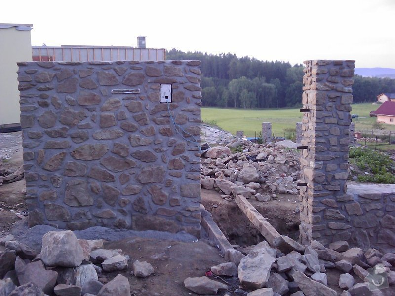 Kamenný plot: IMAG0008