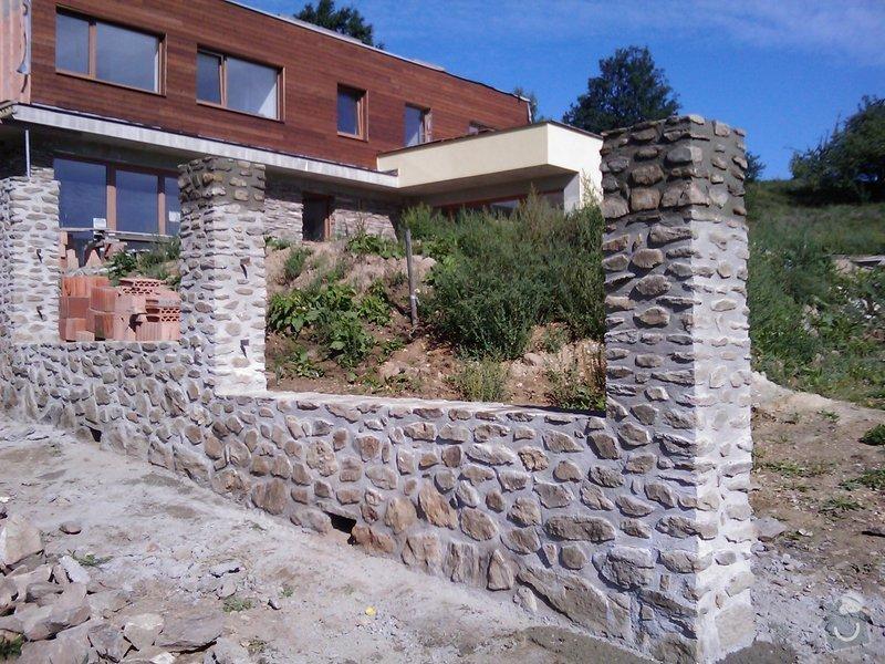 Kamenný plot: IMAG0040